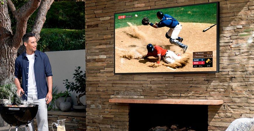 Samsung представила Terrace - уличный 4K-телевизор