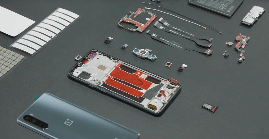 Смотрите как OnePlus Nord собирают вручную